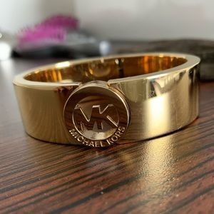 Michael kors gold cuff bracelet